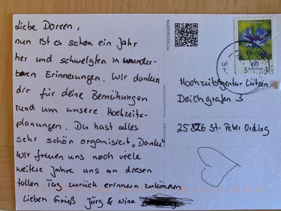 Postkarte vom glücklichen Brautpaar
